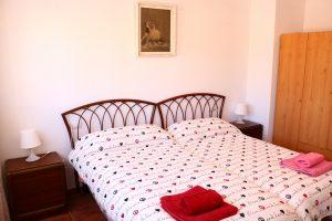 Casa Gracia. Dormitorio bailarines